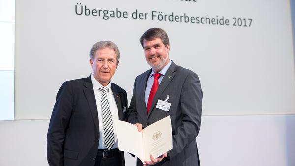 WEB Förderbescheid Hamm Norbert Barthle, Parlamentarischer Staatssekretär beim Bundesminister für Verkehr und digitale Infrastruktur