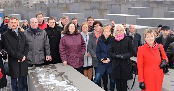 WEB Holocaust-denkmal1